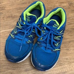 Saucony Zealot Boys Runners Youth 5